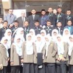 الطلاب امام الرابطة