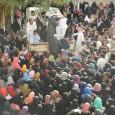 """قافلة خريجى الأزهر توزع مساعدات على 4 آلاف أسرة :وأهالي أسوان يثمنون جهود """"الطيب"""" ——— لليوم السادس علي التوالي ، واصلت قافلة المنظمة العالمية لخريجى الأزهر الإنسانية تقديم المساعدات إلى […]"""